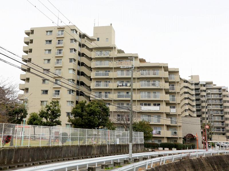 クローバーハイツ上野芝-205号