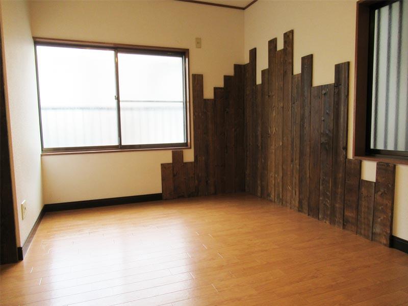 【賃貸】ジネイズ高井田 201号室
