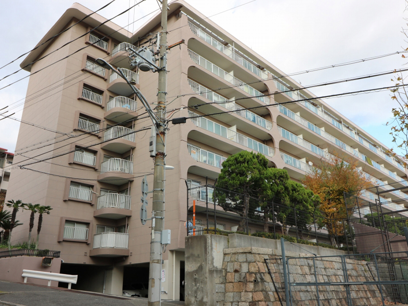 熊内スカイハイツ-512号
