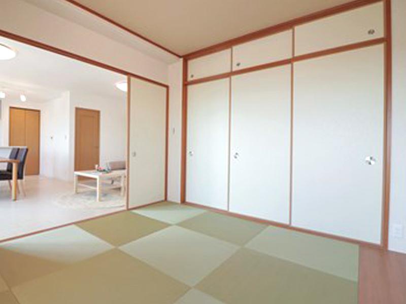 ロイヤル仁川ヒルズ-305号